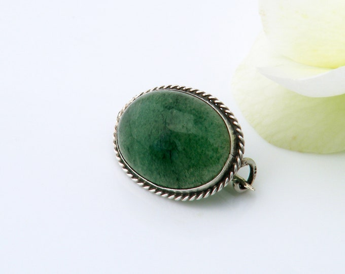 Edwardian Green Agate Brooch | Emerald Green Stone Cabochon Sterling Silver Pin | Antique Brooch | Small Bouquet Brooch