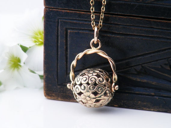 Antique 9ct Gold Spinner Fob | Victorian Fob Ball Spinner | Decorative Gold Cutwork Orb Pendant - 19 Inch Antique Chain