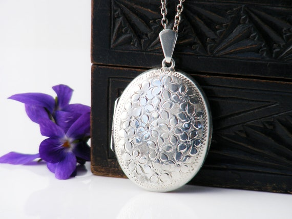 English Sterling Silver Vintage Locket | Oval Locket Necklace with Forget-Me-Not Flowers | 1973 Hallmarks - 20 Inch Chain