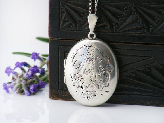English Sterling Silver Vintage Locket | Oval Locket Necklace with Forget-Me-Not Flowers | 1975 Hallmarks - 18 Inch Chain