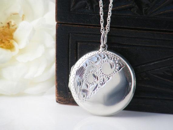 Sterling Silver Vintage Locket | Engraved Locket | 925 Silver Round Photo Locket - 24 Inch Vintage Sterling Silver Chain
