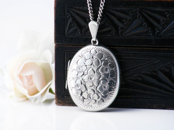 English Sterling Silver Vintage Locket | Oval Locket Necklace with Forget-Me-Not Flowers | 1978 Hallmarks - 20 Inch Long Chain