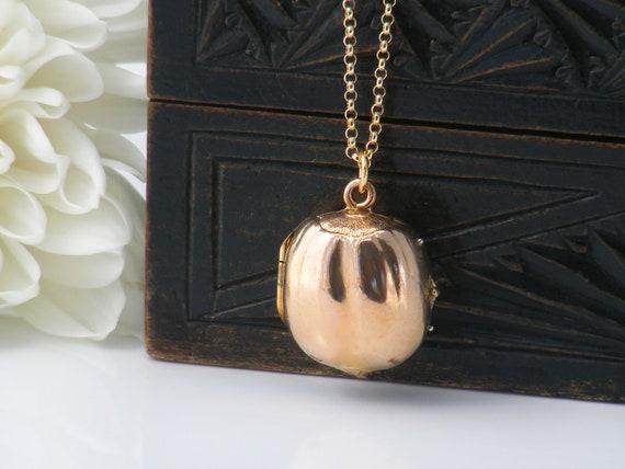 Vintage Locket - Unusual Gold Plated Hazelnut Locket | Double Photo Memento Locket - 22 Inch Rolo Chain