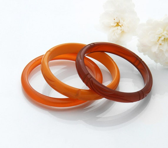 Vintage Bakelite Bangle Set of 3 in Shades of Orange and Amber | Translucent, Opaque Antique Bakelite Bracelet Trio