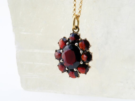 Vintage Garnet Necklace | Bohemian Red Garnet Flower Pendant | Love Token | Pyrope Garnets Set in 10ct Gold - 22 Inch Chain