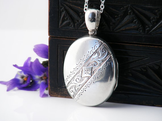 Sterling Silver Antique Locket | Medium Size Oval Victorian Locket Pendant | Love Token - 30 Inch Long Necklace Chain