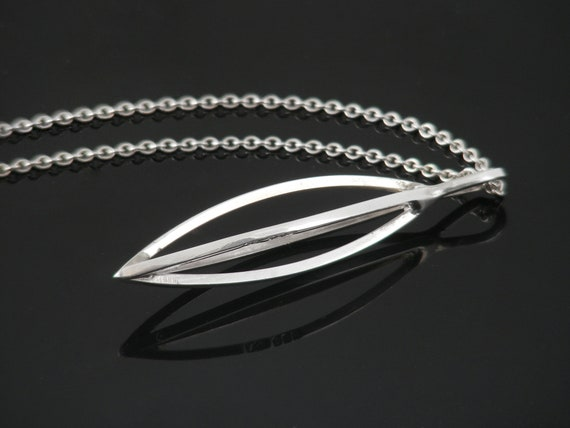 Vintage Sterling Silver Modernist Pendant | 1973 Hallmarked Silver - 18 Inch Vintage Necklace Chain