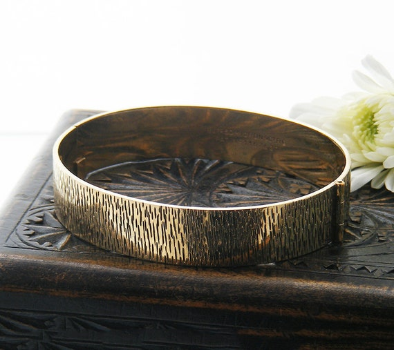 Vintage Bracelet | 9ct Rolled Gold Bangle | Mid Century Modern Bark Pattern Gold Bracelet -  Hinged Bangle 1960s