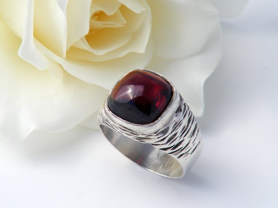 Vintage Carbuncle Garnet Ring | Large Garnet Cabochon Statement Ring | Sterling Silver - Small Pinky Ring US Size 3.75, UK Ring Size H