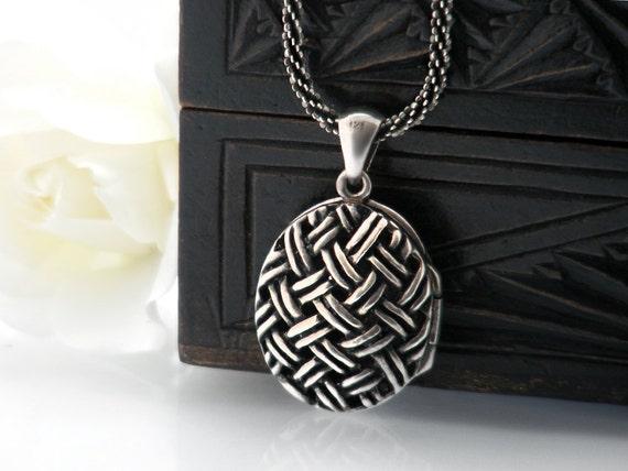 Vintage Sterling Silver Locket | Basketweave Cage Locket with Heavy Italian 925 Silver Rope Chain | Vintage Perfume Locket - 22 Inch Chain