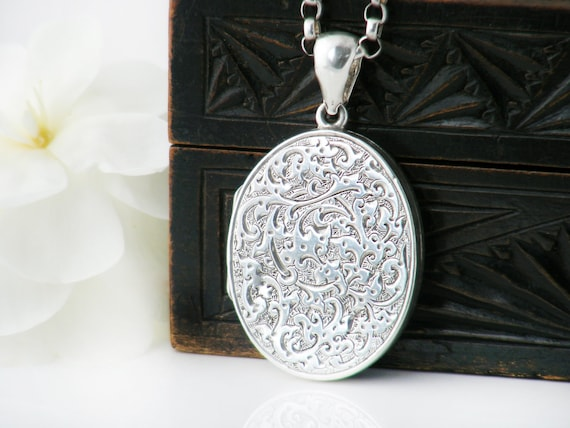 Sterling Silver Antique Locket | Large Oval Victorian Memento Pendant | Paisley Design - 20 Inch Antique Rolo Chain