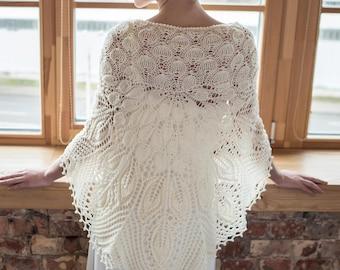 Merino wool ivory color knitted shawl, merino wool bridal cover up, wedding shawl,  merino wool bridal wrap, merino stola, bridal cover up