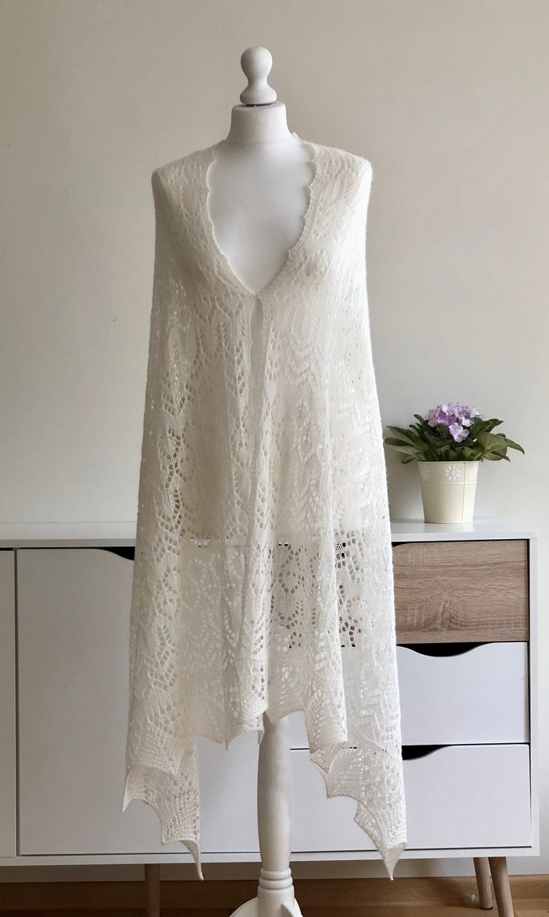 Cashmere wedding shawl, cashmere bridal wrap, ivory wedding lace shawl,  ivory cashmere knitted stola , bridal knitted cashmere wrap