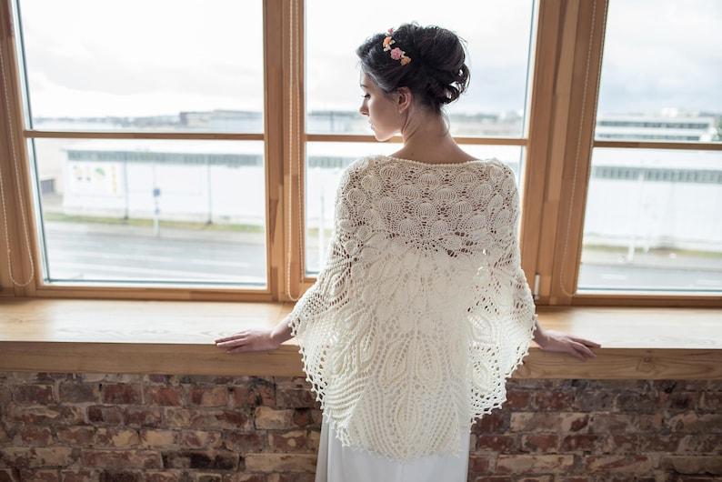 Merino wool ivory color knitted shawl merino wool bridal image 1