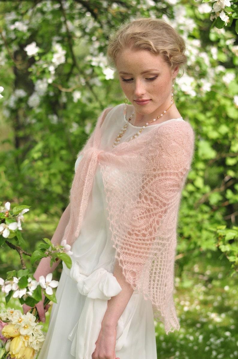 super popular 7d9c9 5a792 Rosa cipria a maglia scialle, Coprispalle da sposa, matrimoni, color pesca,  lacci sciarpa, mohair con seta, stola di lacci handknitted