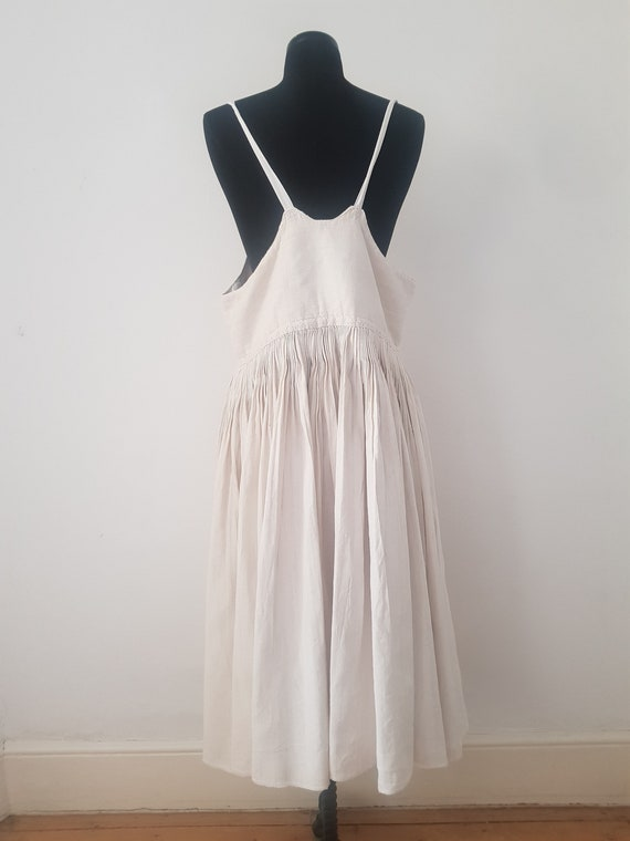 1930s Slovakian Linen Pleated Pinafore Dress Unde… - image 2