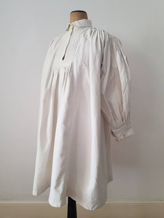 Romanian Linen Smock 1930s Pleats Embroidery Shir… - image 7