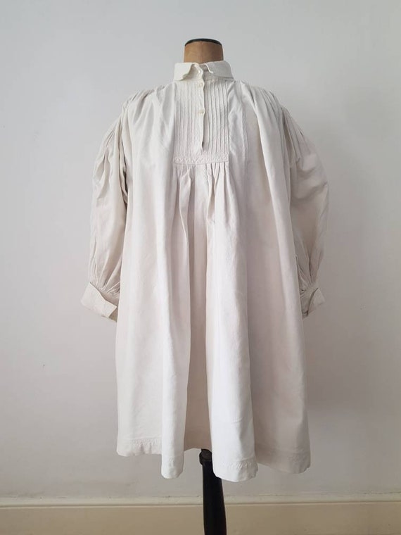 Romanian Linen Smock 1930s Pleats Embroidery Shir… - image 1