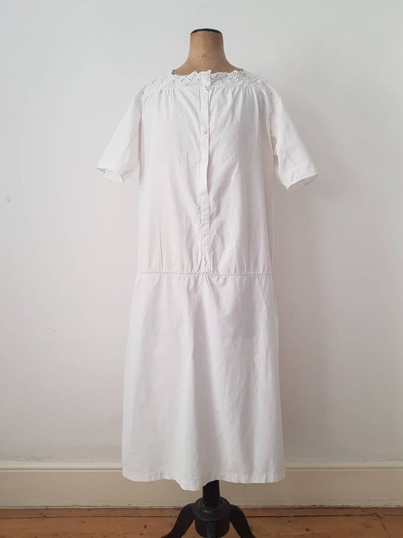 1910s French White Cotton Embroidered Dress Antiqu