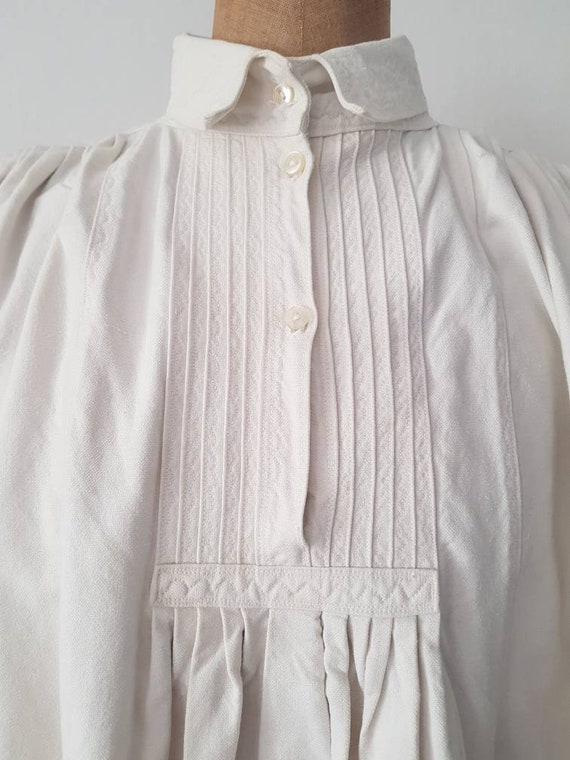 Romanian Linen Smock 1930s Pleats Embroidery Shir… - image 2