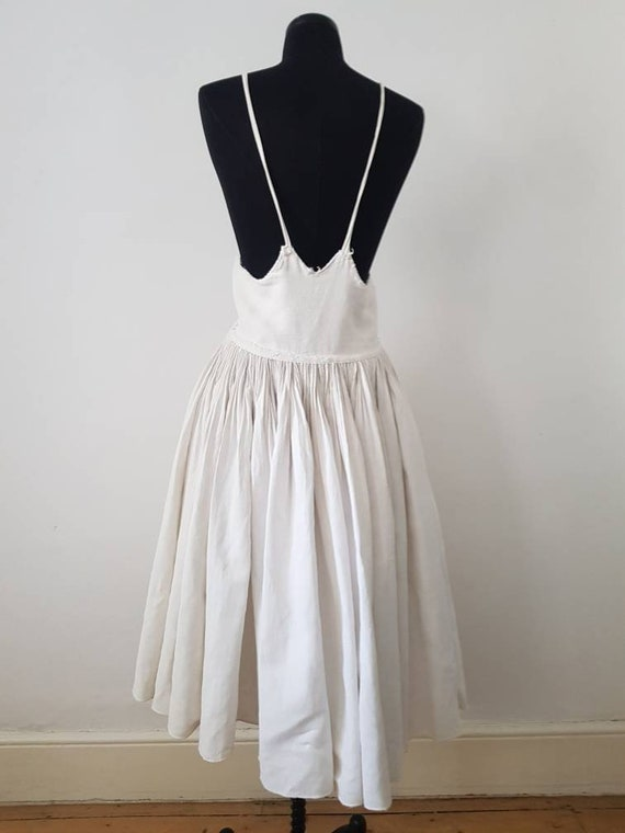 1930s Slovakian White Linen Folk Dress Traditiona… - image 2