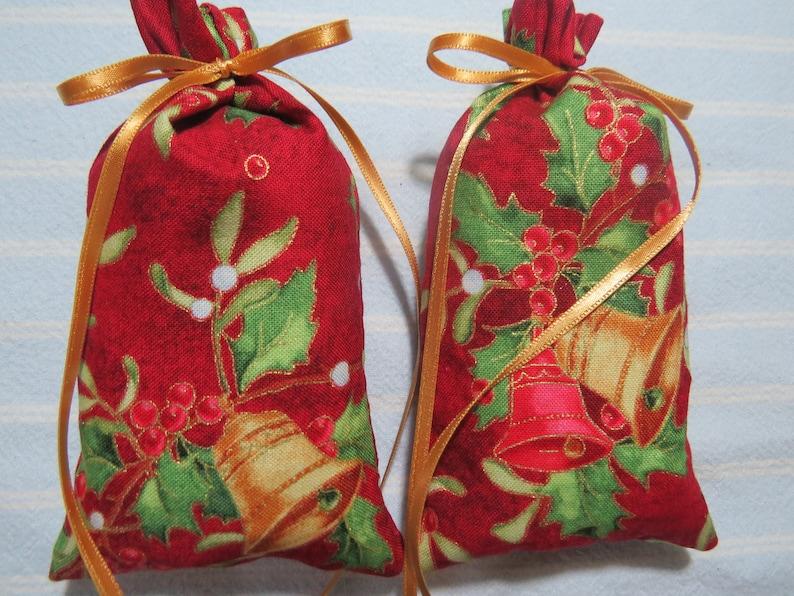 Christmas 5X2 Sachets-/'Holiday Memories/' Fragrance-Christmas Metallic BellsHolly Sachet-Cotton Botanical Sachet-Cindy/'s Loft-233