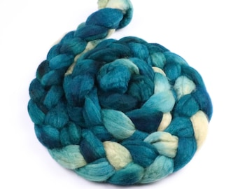 BFL wool roving indie dyed combed top - hand painted spinning and felting fiber - 5 oz Summer Rain - cream aqua teal wool fiber braid