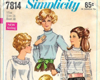SIMPLICITY 7814 UNCUT Size 16 Bust 38 Vintage 1960's Blouse Shirt Top Long Sleeves High Neck Yoke Pattern
