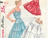 SIMPLICITY 4137 Size 11 Bust 29 Vintage 1950's Full and Half Slip Petticoat Ruffled Pattern