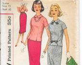 SIMPLICITY 2608 UNCUT Size 15 Bust 35 Vintage 1950's Junior Overblouse Blouse Shirt Skirt Pattern