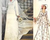 VOGUE 1487 Size 10 Bust 32 1/2 Bridal Design Vintage 1970's Wedding Dress Gown Chapel Length Train V-Neck Slip Veil Bridesmaid Pattern