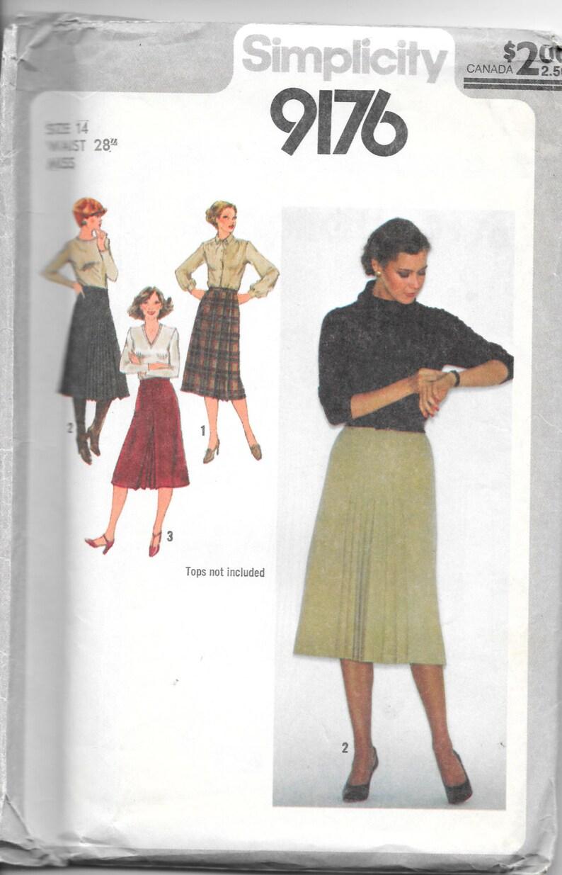 SIMPLICITY 9176 UNCUT Size 14 Waist 28 Wrap Skirt image 0