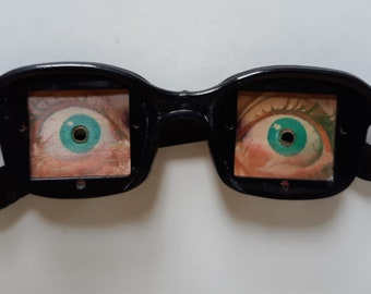 Vari Vue Blinking Eye Glasses - 1950's - M. & L. Toy Company
