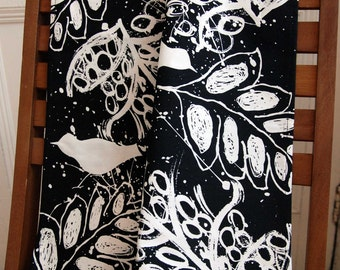 Birds and Leaves Silk Screen Printed Tea Towels in Black and White. 100% cotton. Manufactured in the UK.