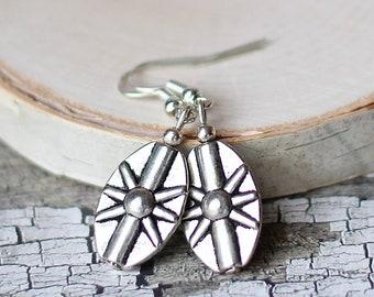 Silver Oval Fan Starburst Earrings, Eco-friendly Tribal Inspired Jewelry, Metallic Vintage Glam Accessories, Boho Hippie Gifts for Women