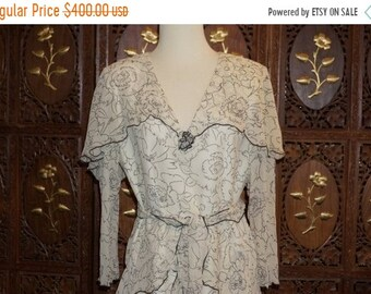 cd388732e ON SALE 1980s Holly's Harp Cream and Black Floral Silk Crepe Dress Sz M
