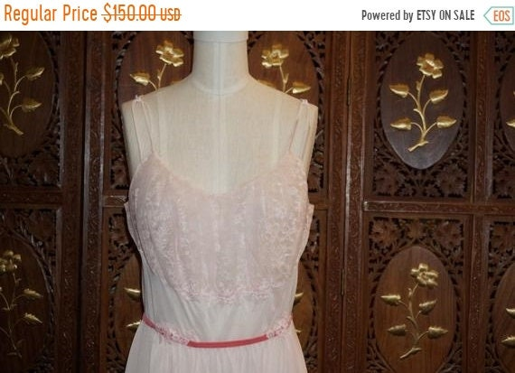 ON SALE 1950s Vanity Fair Pink Chiffon Lace Linger