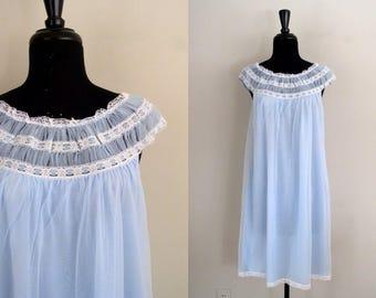 Vintage 1960's Babydoll Nightie / 60's Powder Blue Chiffon & Lace Nightgown
