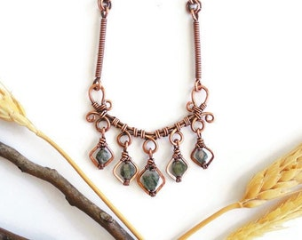 Moss Agate wire wrapped necklace, green agate necklace, unique wire necklace, wire wrapped jewelry, unique crystal necklace