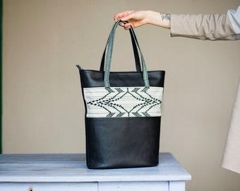 Extended Rhombus / Black - Handwoven  Shoulder Bag