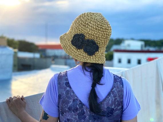 SALE vintage straw bucket hat / boonie hat / fishe