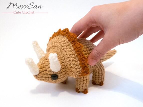 Triceratops Crochet Comforter Pattern – Stricken Wolle | 428x570