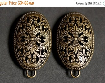 HALLOWEEN SALE Set of Two Viking Brooches. Norse Turtle Brooches. Bronze Fretwork Apron Pins with Bails. Viking Brooch Set. Historical Reena