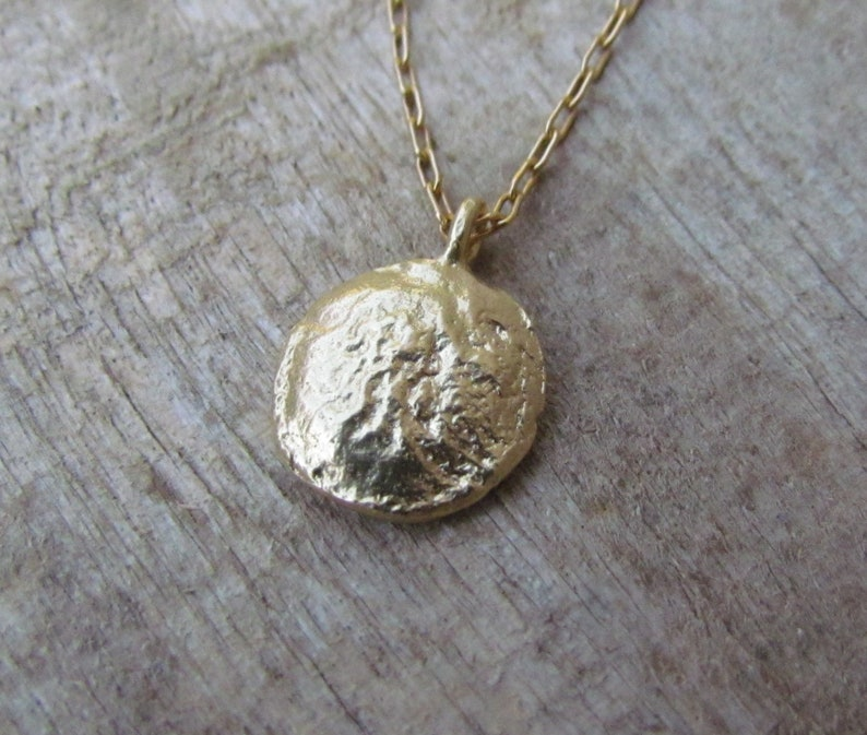 Gold Coin Necklace Set Two Layered Gold seed necklace Disc Layering Necklace Coin Pendant Necklace Layered Coin Necklace Set