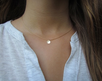 Tiny Gold Disc Necklace, Dainty Gold Necklace, Hammered Gold Disc Necklace, Delicate Gold Necklace, Simple Everyday Jewelry, Dainty Pendant