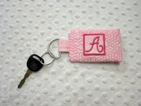 Quilted Monogram Pocket Key Chain - 5x7 hoop - Machine Embroidery