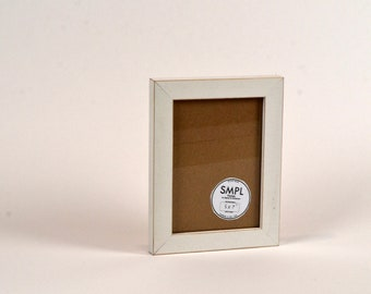 SMPL Line Picture Frame in White - Choose Your Frame Size: 2x3, 3x3 up to 11x14, 11.7x16.5 inches A3 Size - FREE SHIPPING - Standard Frames