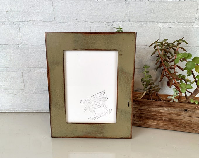 5x7 Picture Frame in Reclaimed Cedar Wood with Super Vintage Old Green Finish - IN STOCK Same Day Shipping - Upcycled Wood Frame 5 x 7