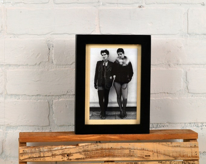 "5x7"" Picture Frame in Deep Flat Style with Solid Black Finish - IN STOCK - Same Day Shipping - 5 x 7 Photo Frame Modern Black"