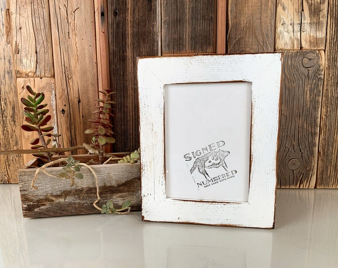 5x7 Picture Frame in Reclaimed Cedar Wood with Super Vintage White Finish - IN STOCK Same Day Shipping - Upcycled Wood Frame 5 x 7